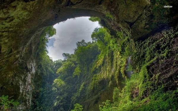 1cuev 600x375 ΑΠΙΣΤΕΥΤΟ: Ένας αγρότης είδε μια τρύπα σε έναν βράχο Αυτό που υπάρχει στο εσωτερικό άφησε άφωνο όλο τον πλανήτη!