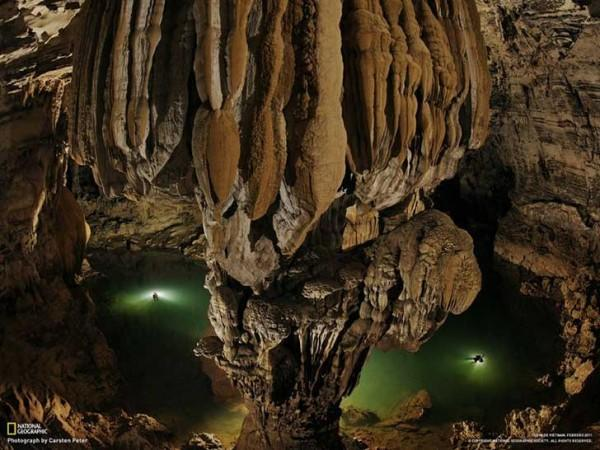 4cuev 600x450 ΑΠΙΣΤΕΥΤΟ: Ένας αγρότης είδε μια τρύπα σε έναν βράχο Αυτό που υπάρχει στο εσωτερικό άφησε άφωνο όλο τον πλανήτη!