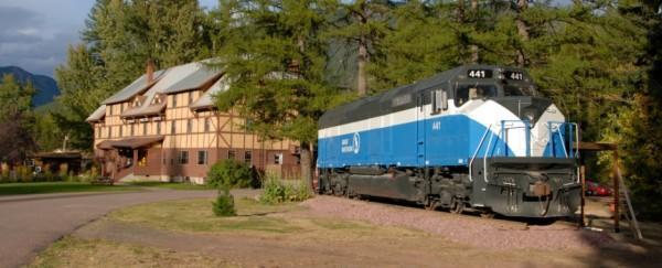 diaforetiko.gr : 6 600x243 Μοιάζει με ένα εγκαταλειμμένο τρένο. Όταν όμως ανεβείτε τα σκαλιά; ΑΠΙΣΤΕΥΤΟ!