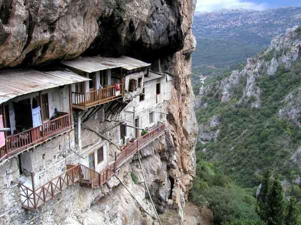 diaforetiko.gr : moni7 Μοναστήρια της Ελλάδας χάρμα οφθαλμών! Τοπία που εμπνέουν γαλήνη και ομορφιά…
