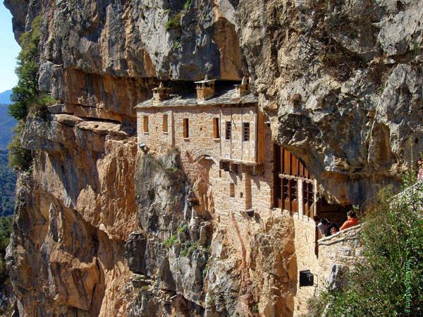 diaforetiko.gr : moni81 Μοναστήρια της Ελλάδας χάρμα οφθαλμών! Τοπία που εμπνέουν γαλήνη και ομορφιά…
