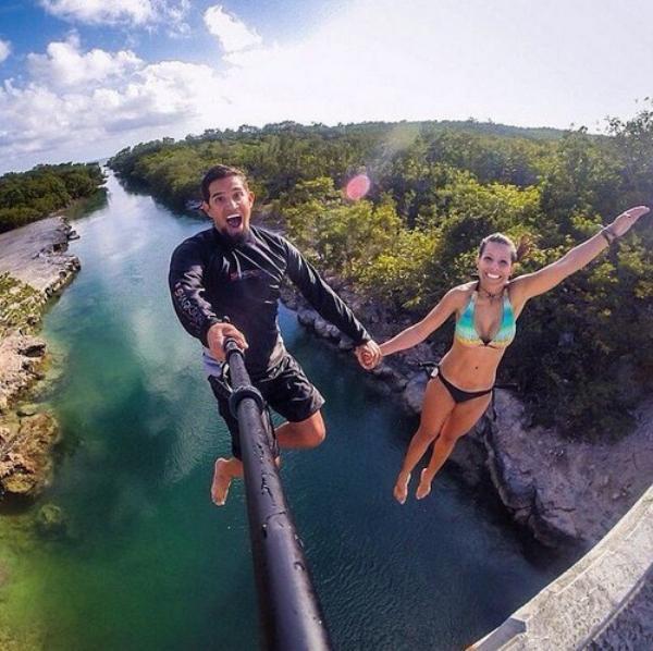 diaforetiko.gr : selfie ipopgr 15 600x598 Τέτοιες selfies σίγουρα ΔΕΝ έχετε ξαναδεί! Με την 5η θα μείνετε στήλη άλατος!