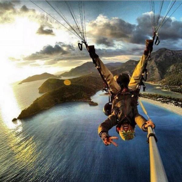 diaforetiko.gr : selfie ipopgr 17 598x600 Τέτοιες selfies σίγουρα ΔΕΝ έχετε ξαναδεί! Με την 5η θα μείνετε στήλη άλατος!