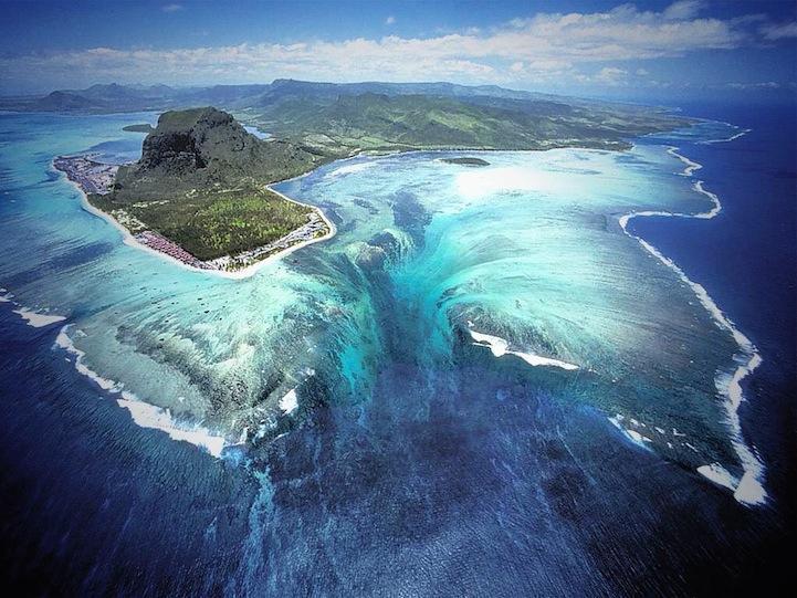 anapnoes.gr : underwaterwaterfall11 Εκπληκτικός… καταρράκτης στο εσωτερικό της θάλασσας!