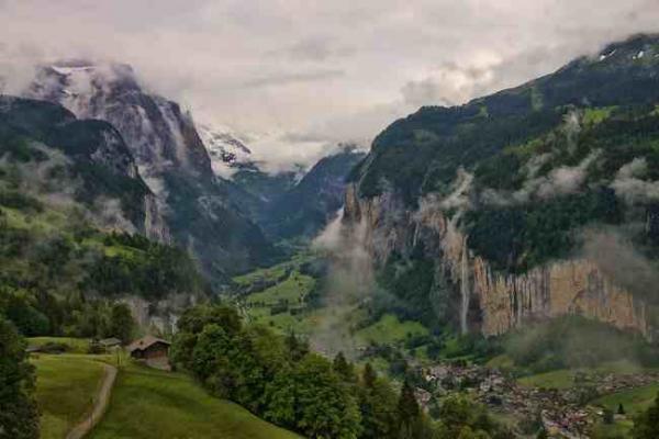 diaforetiko.gr : 1103 600x400  Αυτό το  κρυφό μέρος στις Άλπεις είναι ίσως το ομορφότερο πάνω στη Γη.