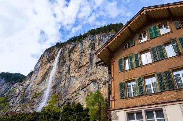 diaforetiko.gr : 812 600x397  Αυτό το  κρυφό μέρος στις Άλπεις είναι ίσως το ομορφότερο πάνω στη Γη.