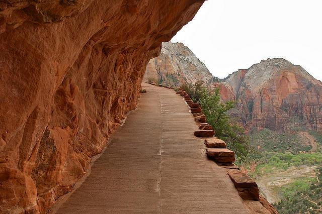 diaforetiko.gr : Zion National Park 3 Ο πιο επικίνδυνος δρόμος του πλανήτη, έχει την πιο εντυπωσιακή θέα