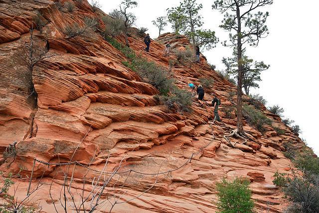 diaforetiko.gr : Zion National Park 6 Ο πιο επικίνδυνος δρόμος του πλανήτη, έχει την πιο εντυπωσιακή θέα