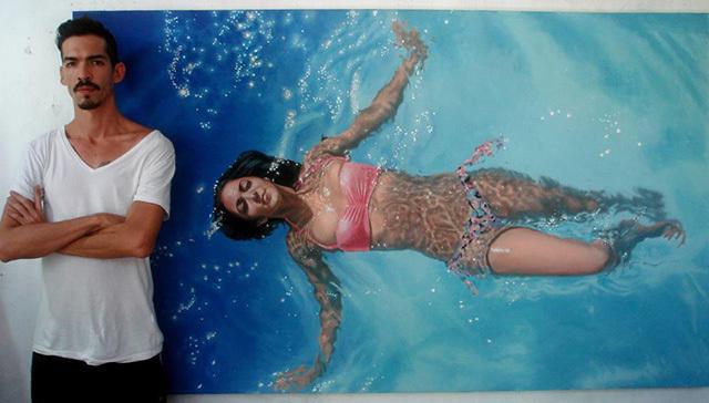 651e02ba 63fc 4172 8b69 90693b3001c9 medium Αν νομίζετε πως αυτή η γυναίκα απολαμβάνει μια βουτιά στην πισίνα της, κάνετε μεγάλο λάθος.