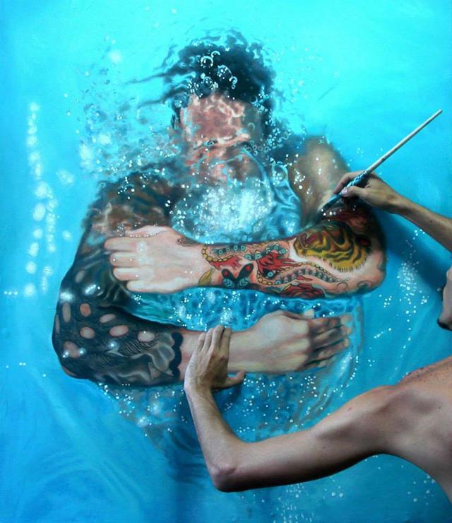 a20f6535 8b26 49c6 81aa b213e65c9a9c medium Αν νομίζετε πως αυτή η γυναίκα απολαμβάνει μια βουτιά στην πισίνα της, κάνετε μεγάλο λάθος.