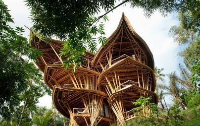 bamboo-house-ted-talk-sharma-springs-elora-hardy-ibuku-bali-coverimage