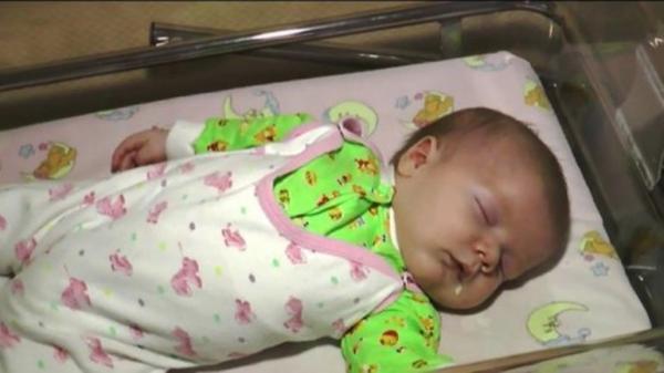 diaforetiko.gr : 0012093351 600x337 Ένα μωράκι ήταν έτοιμο να πεθάνει…Μέχρι που ο Θεός του έστειλε έναν απρόσμενο φύλακα..!