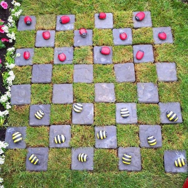 diaforetiko.gr : 108 600x600 Μεταμόρφωσε την βαρετή αυλή της σε ένα μυστικό κήπο που μοιάζει να ξεπήδησε από σελίδες παραμυθιών! ΕΚΠΛΗΚΤΙΚΗ ΙΔΕΑ !!!