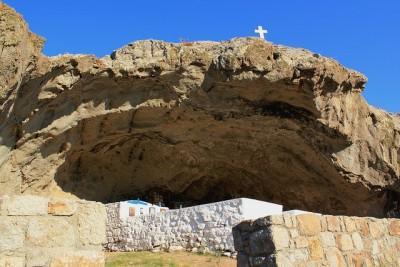 diaforetiko.gr : 308055 456135224453434 465533522 n 400x267 Η μοναδική εκκλησιά στον κόσμο χωρίς σκεπή βρίσκεται σε ένα πανέμορφο νησί του Αιγαίου. Την έχτισαν μοναχοί για να προσεύχονται στην Παναγία