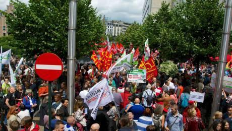 diaforetiko.gr : gallia 5001 «Είμαστε με τους Έλληνες»: Τεράστιο κύμα συμπαράστασης σε όλη την Ευρώπη