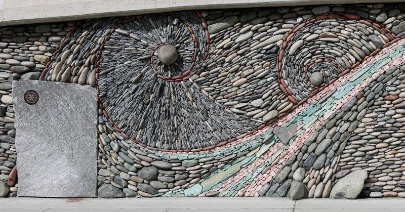diaforetiko.gr : lifebuzz 1572ec4d75b477cd57465f90944d7997 limit 2000 Όταν κοιτάξετε τι έφτιαξε αυτό το ζευγάρι, θα δείτε τις πέτρες με άλλο μάτι!
