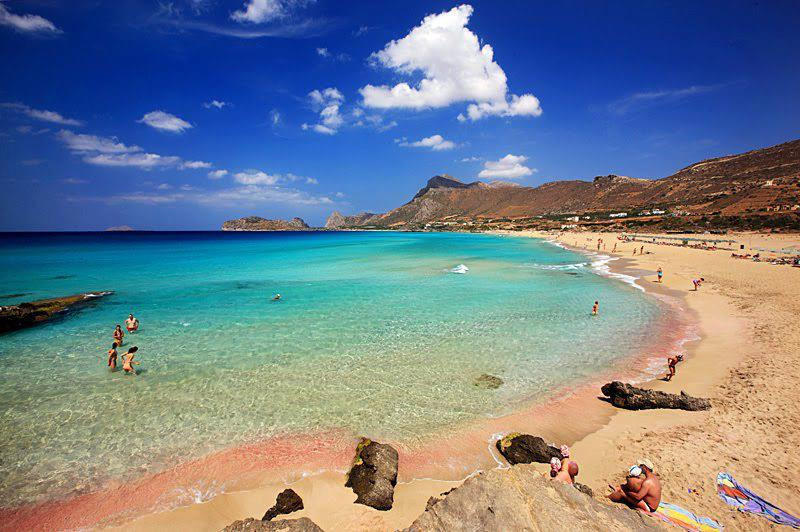 diaforetiko.gr : mpalos2 Οι 2 παραδεισένιες παραλίες της Ελλάδας με τη ροζ άμμο   Πώς η αμμουδιά πήρε αυτό το χρώμα (φωτογραφίες)