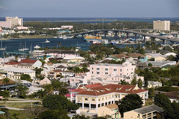 diaforetiko.gr : 48054040 Bahamas.600x400 Δείτε τις 10 χώρες που δεν ξέρουν...τι θα πει εφορία! (Φωτογραφίες)