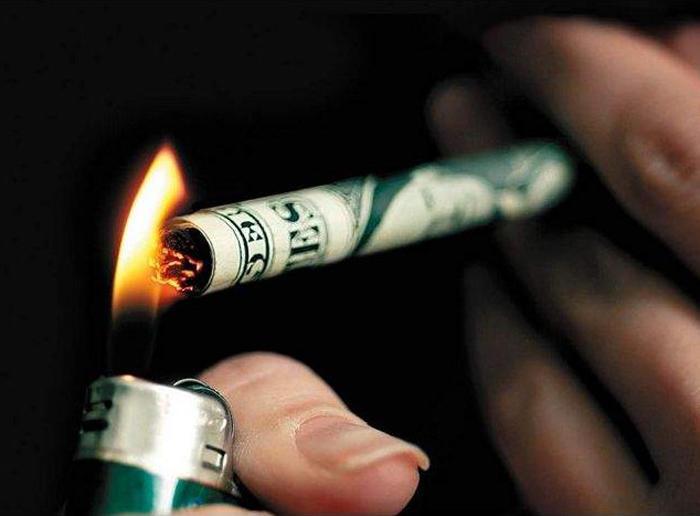 diaforetiko.gr : money Δείτε τι θα συμβεί εάν κόψετε το κάπνισμα για ένα μήνα.