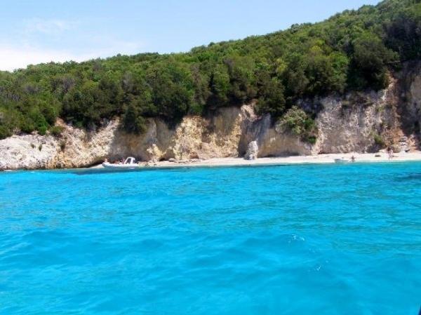 sivota pisina 650 Σύβοτα: Ταξίδι στην… Καραϊβική της Ελλάδας !!!