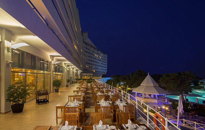 diaforetiko.gr : titanichotel4 To πολυτελές ξενοδοχείο στην Τουρκία που έχει την μορφή του… Τιτανικού!