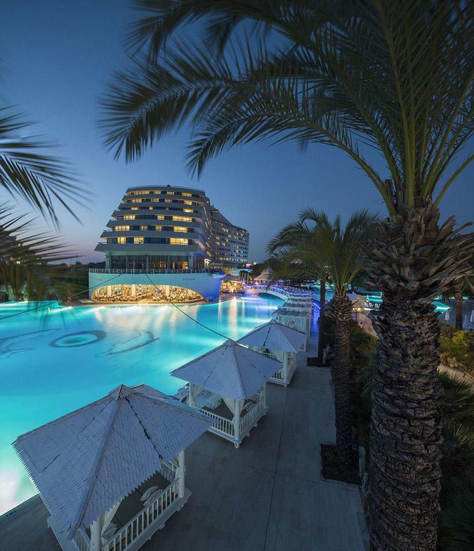 diaforetiko.gr : titanichotel7 To πολυτελές ξενοδοχείο στην Τουρκία που έχει την μορφή του… Τιτανικού!