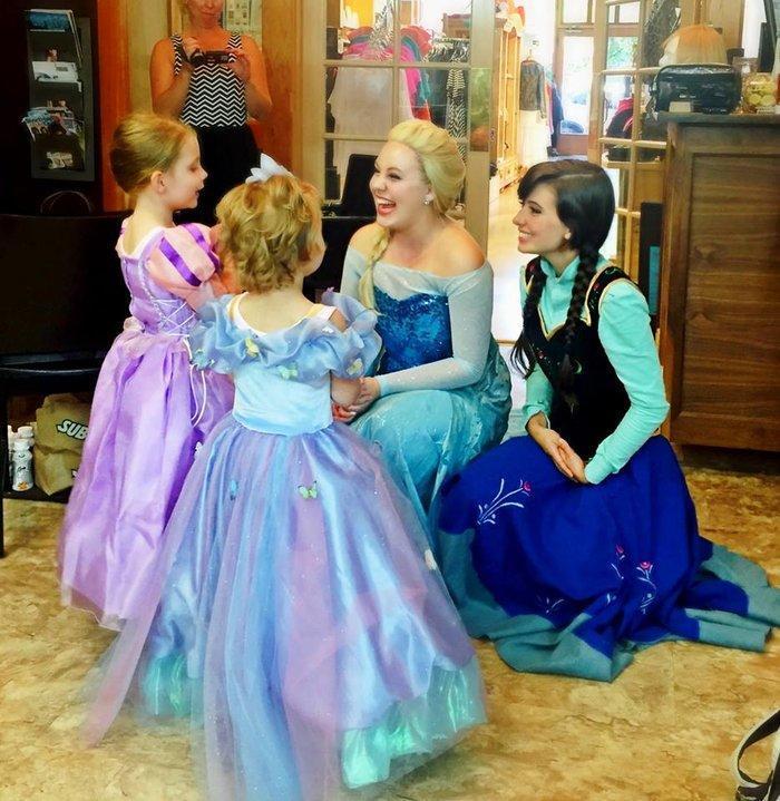 diaforetiko.gr : upl55c35e9d8dd3e Το πάρτι αυτής της μικρής «πριγκίπισσας» που έχει 4 μήνες ζωής θα σας συγκινήσει