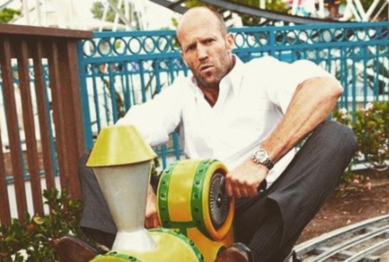 22 Περίεργα Πράγματα που Δεν Ξέρατε για τον Jason Statham…το #20 είναι Τεράστια Ειρωνεία της Ζωής!