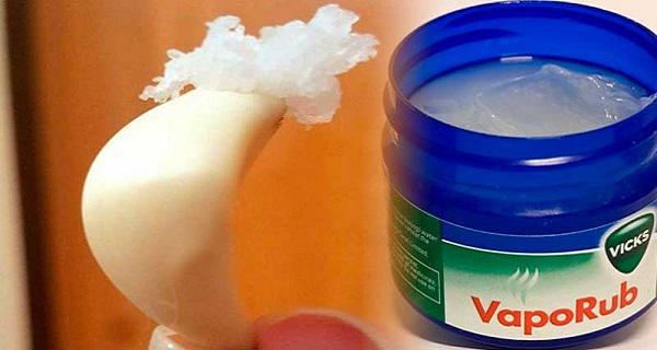 Put Some Vicks VapoRub On A Garlic Clove. The Reason You'll Regret Not Knowing This Earlier!