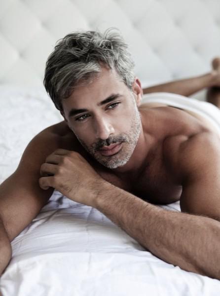 Αρσενικό μοντέλο γκέι πορνό
