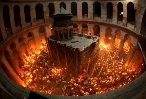 Συγκλονιστικό θαύμα στον Πανάγιο Τάφο: Το χειρουργείο των αγγέλων!