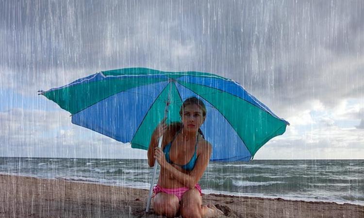 Αποτέλεσμα εικόνας για μπανια και βροχή