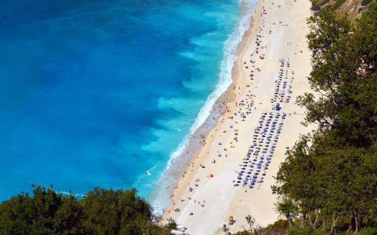 Εντυπωσιακές φωτογραφίες από τις πιο φαντασμαγορικές παραλίες της Κεφαλονιάς