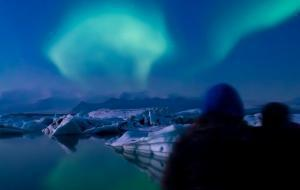 NOVEMBER-2014_Julien-Vivenot_aurora-over-Jökulsárlón - Αντιγραφή [resize]1200630