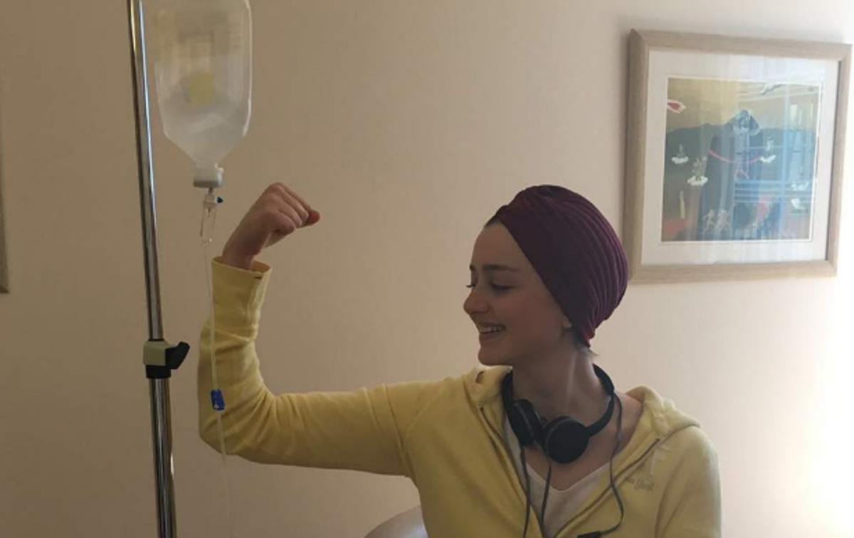 Η Έμμα είναι 24 και δεν είναι «ασθενής» με καρκίνο