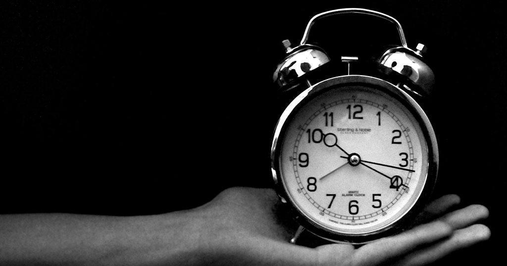 Η επιστήμη αποφάσισε: Εντελώς λάθος το σχολείο και η δουλειά πριν τις 10 το πρωί.