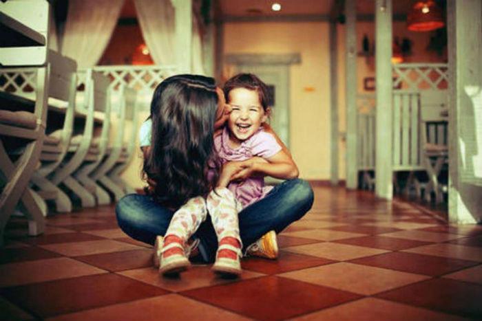 5 λόγοι που τα παιδιά αγαπούν τις θείες τους