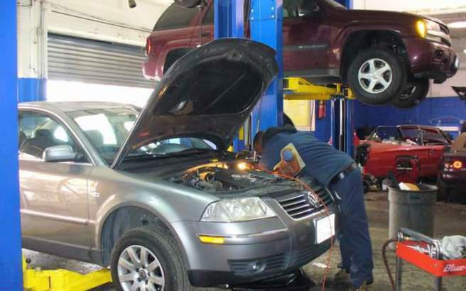Δεν χάνουν την εγγύηση όσοι πάνε το αυτοκίνητό τους σε ανεξάρτητα συνεργεία σύμφωνα με ευρωπαϊκό κανονισμό