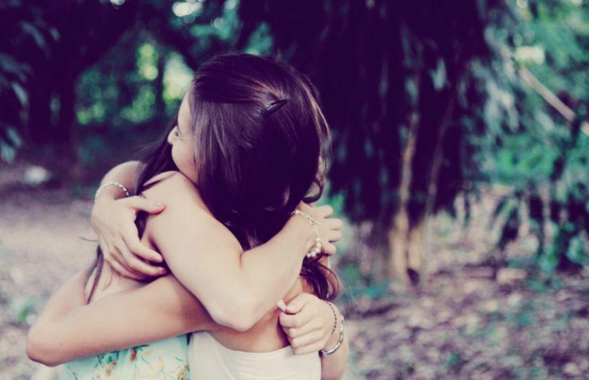 Φίλος είναι αυτός που έχει κλάψει για κάτι δικό σου