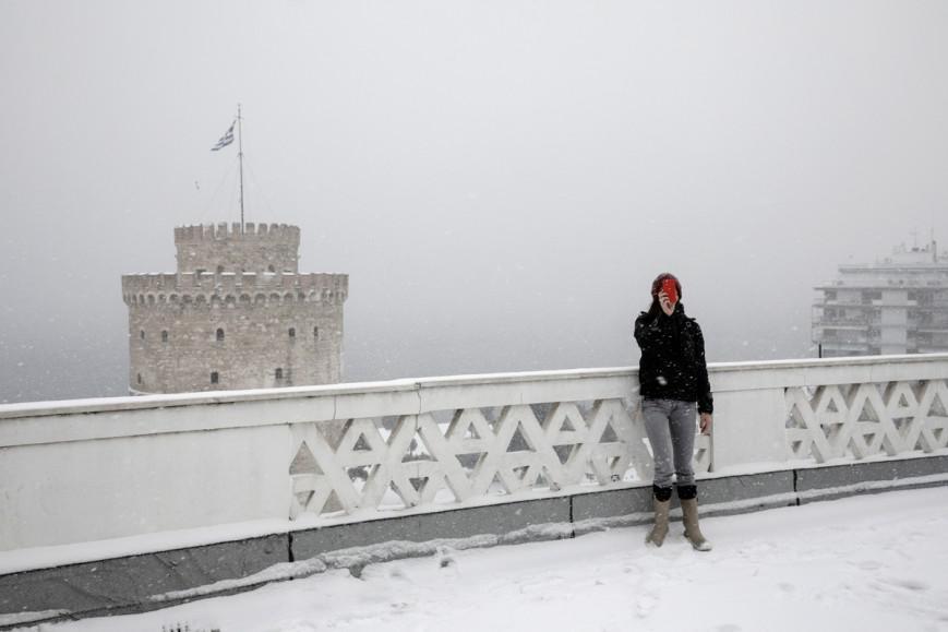 35 φωτογραφίες από τη Θεσσαλονίκη στα λευκά - Το χιόνι κάλυψε τον Λευκό Πύργο και τη Νέα Παραλία