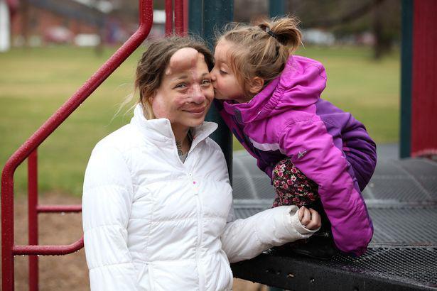 jennifer-hiles-with-daughter-kiah