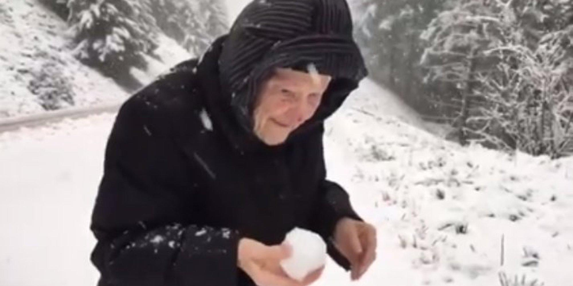 o-101-year-old-woman-snow-facebook