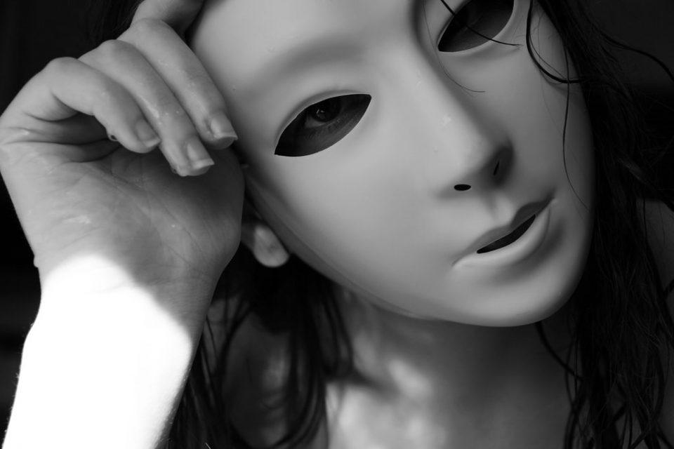 white_mask_6_by_artofaviya-d66myhy-960x6