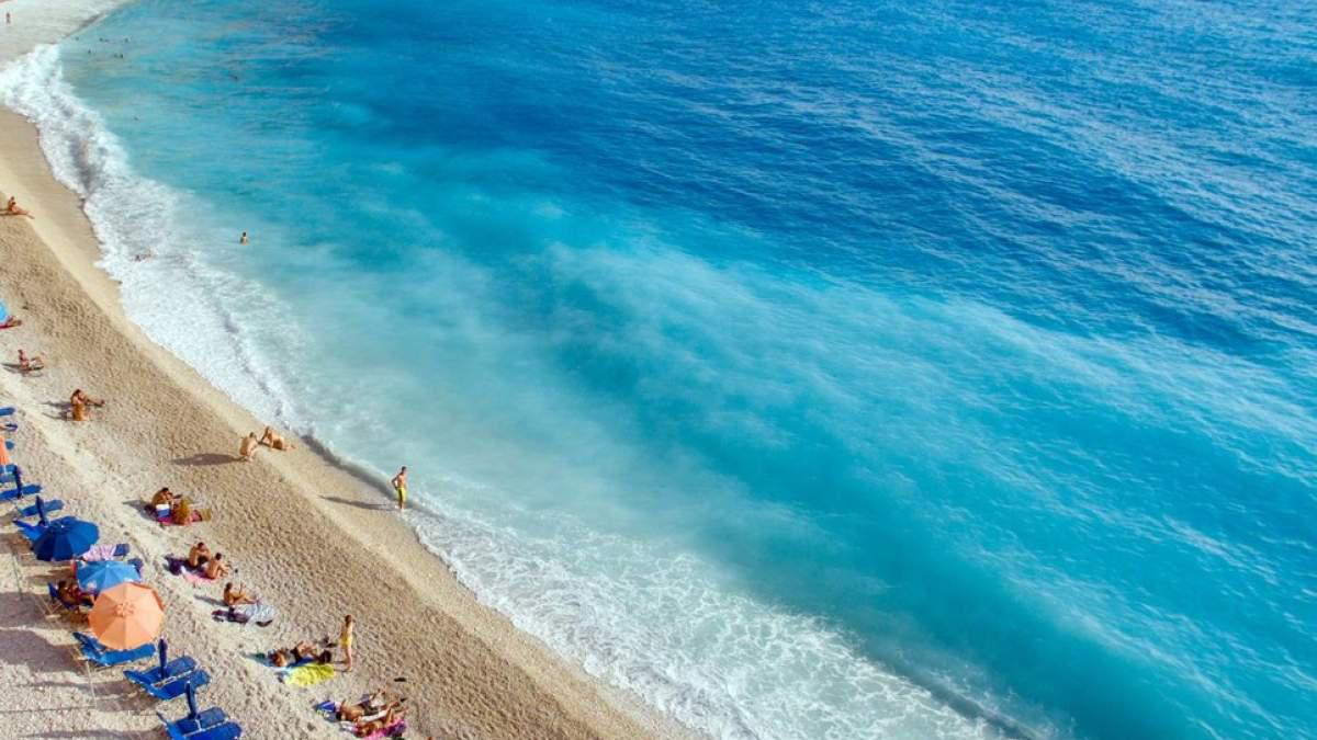 Πρώτη στον κόσμο παραλία της Λευκάδας…. Δείτε όλες τις αποχρώσεις του μπλε