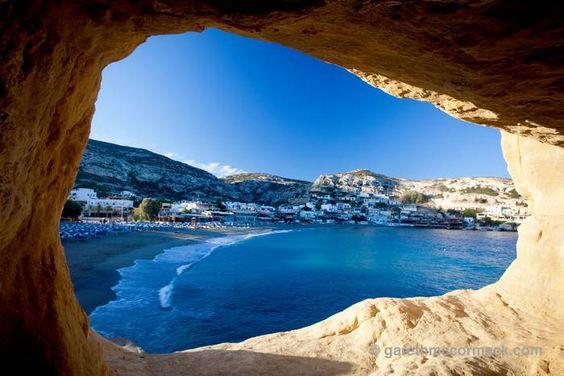Τα 19 καλύτερα ελληνικά νησιά, όπως τα ξεχώρισε η Τelegraph