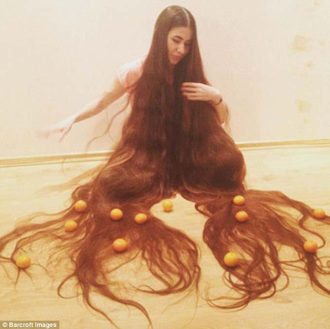 Η αληθινή Ραπουνζέλ που έχει μήκος μαλλιών 2,2 μέτρα (5)