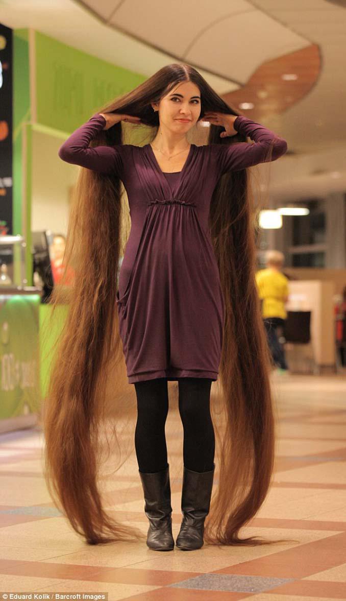 Η αληθινή Ραπουνζέλ που έχει μήκος μαλλιών 2,2 μέτρα (9)