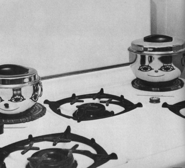 These pots are plotting something...