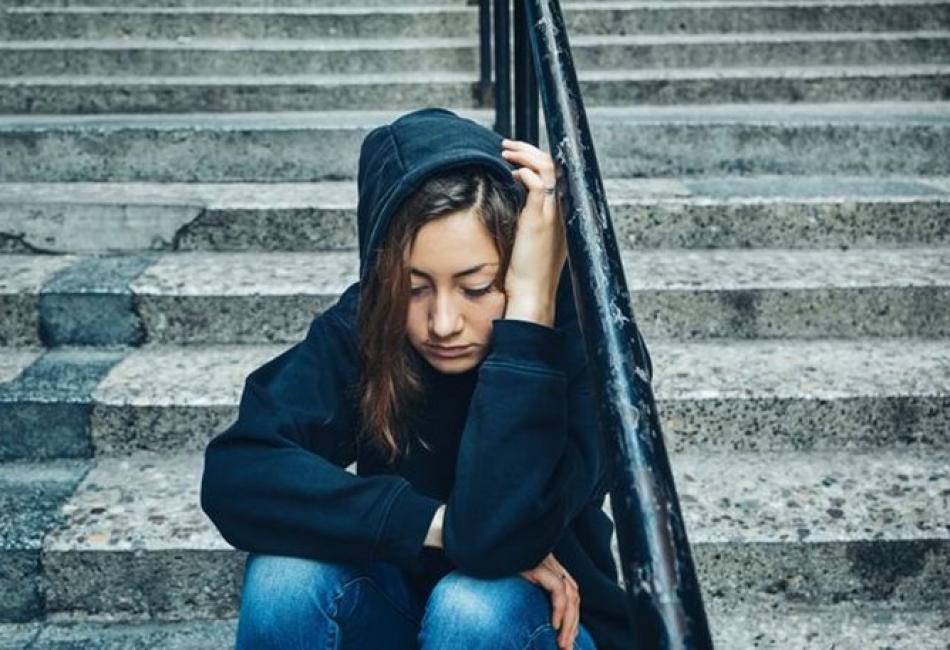 Πως πείθει η «μπλε φάλαινα» τους έφηβους να αυτοκτονήσουν – Τι συμβαίνει στις 50 ημέρες που κρατά η «δοκιμασία»