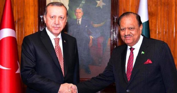 Το «πυρηνικό» Πακιστάν απειλεί την Ελλάδα: «Οι εχθροί της Τουρκίας είναι και δικοί μας εχθροί»